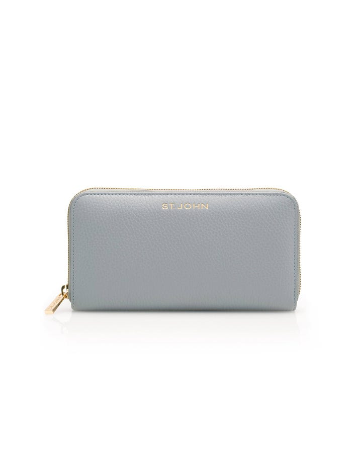 f1a1898eb6a5 Women s Pebble Grain Leather Wallet