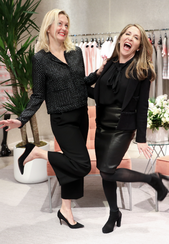 Jessica Yellin and Ali Wentworth posing for the camera