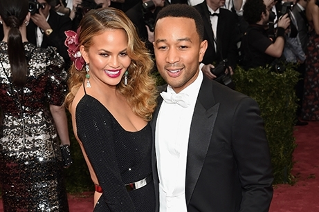 Chrissy Teigen wearing Saint John on the red carpet